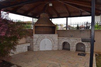 Ενοικιάστηκε Ενοικίαση Μονοκατοικίας 245 τ.μ. στο Γιαννιώτικο Σαλόνι Ιωάννίνων